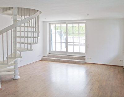 München Waldperlach 3 Zimmer-Maisonette mit Terrasse + Balkon